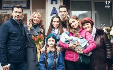 Любимые дети: смотреть 1 серию онлайн (эфир от 23.09.2019)