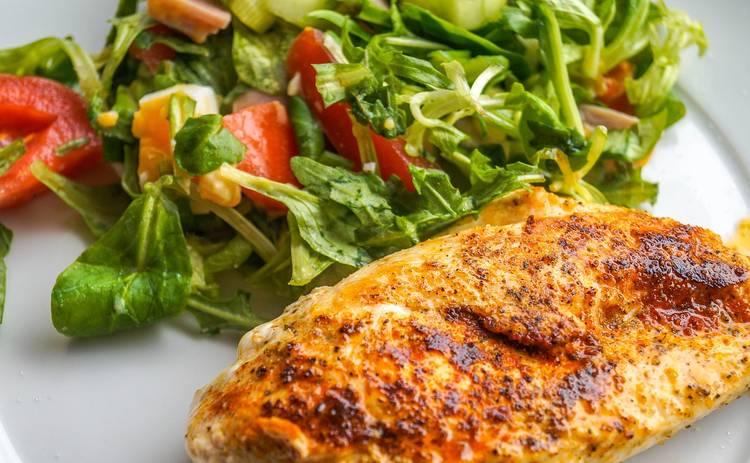 Куриное филе с сыром и помидорами (рецепт)
