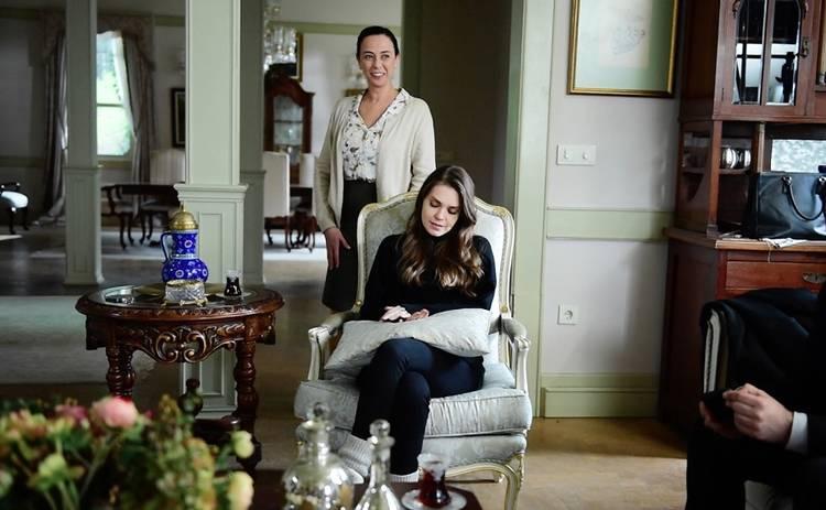 Невеста из Стамбула: смотреть 141 серию онлайн (эфир от 01.10.2019)