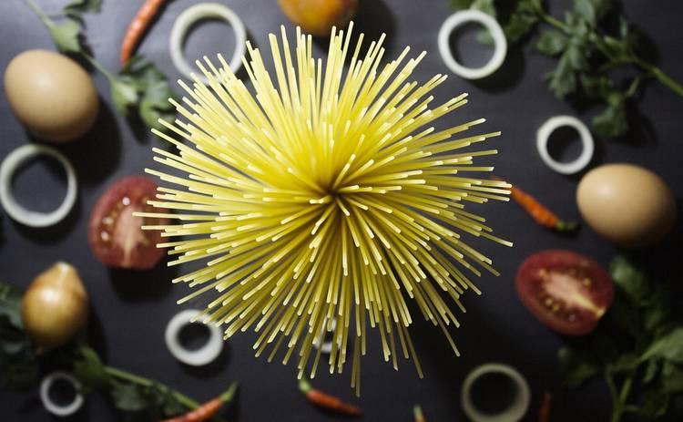 Спагетти с чесноком и маслом за 15 минут (рецепт)
