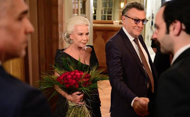 Невеста из Стамбула: смотреть 143 серию онлайн (эфир от 02.10.2019)