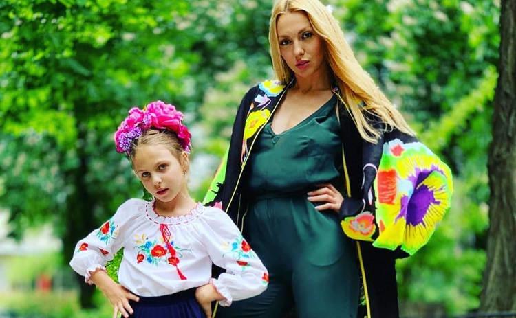Оля Полякова поздравила младшую дочь с днем рождения: «Ты перевернула мое понятие о материнстве»