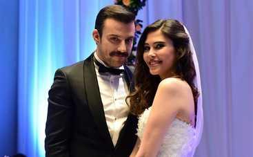Невеста из Стамбула: смотреть 157 серию онлайн (эфир от 11.10.2019)
