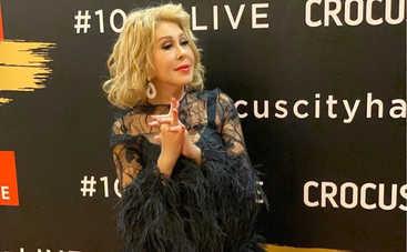 65-летняя Любовь Успенская шокировала образом без нижнего белья