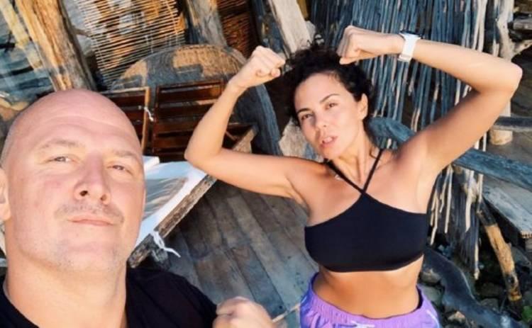 Настя Каменских опубликовала новое фото в бассейне