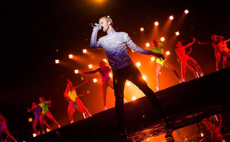 Макс Барских отправляется в годовое турне по континентам: от Дании до Австралии