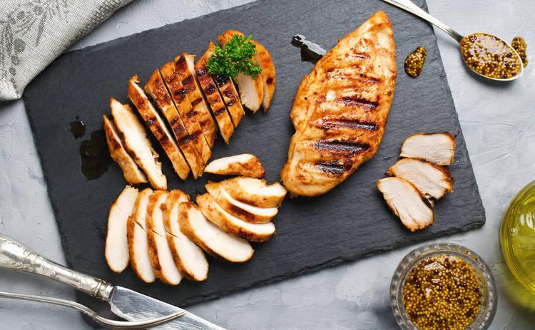Куриные грудки в сливочном соусе под сыром (рецепт)