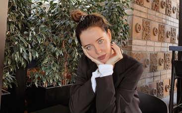 «Сексуальная Снегурочка»: Надя Дорофеева взбудоражила Сеть провокационным образом