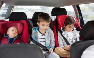 В Украине вступил в силу закон о перевозке детей в автокреслах