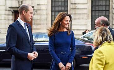 Кейт Миддлтон едва не оказалась в центре скандала из-за своего «голого» кружевного наряда