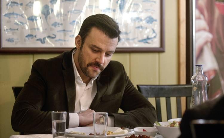 Невеста из Стамбула: смотреть 221 серию онлайн (эфир от 27.11.2019)