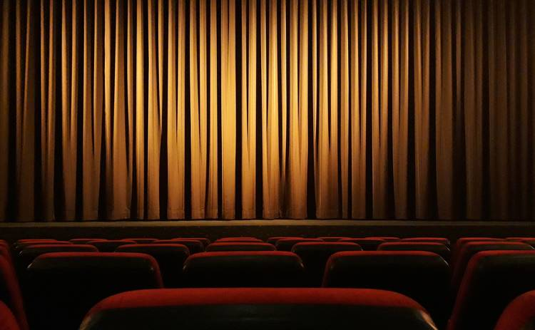 Что посмотреть на выходных: 3 фильма для хорошего вечера