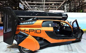 Названа цена первого в мире летающего автомобиля