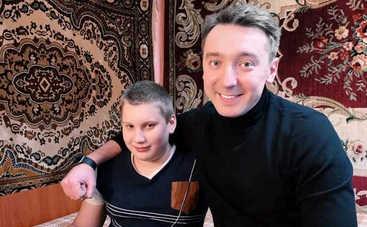 Один за всех: Михаил Присяжнюк поделился итогами эмоциональной командировки, съездив к тяжелобольному мальчику