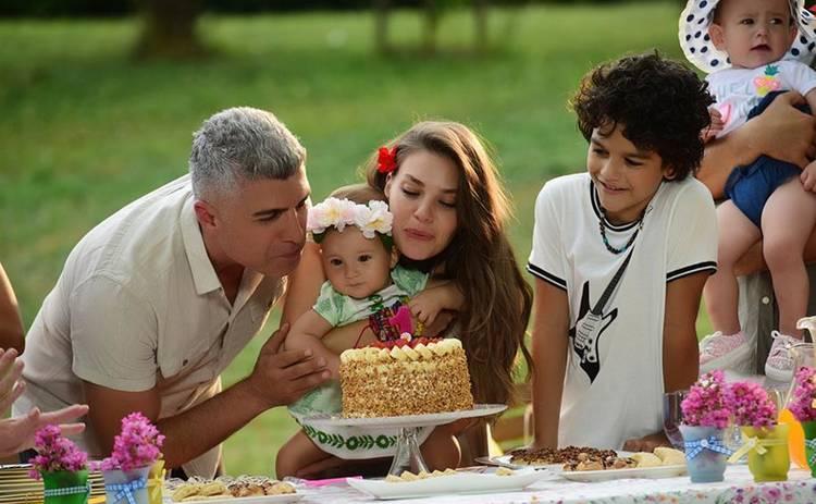 Невеста из Стамбула: смотреть 245 серию онлайн (эфир от 13.12.2019)