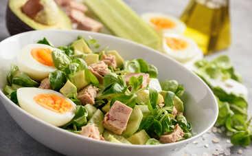 Новогодний салат с тунцом (рецепт)