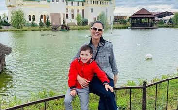 «Потерял дар речи»: Маша Ефросинина исполнила еще одну мечту 5-летнего сына