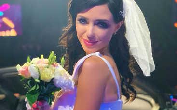 Накануне свадьбы: Вика из «НеАнгелов» призналась, что разорвала отношения с женихом