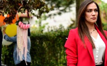 Невеста из Стамбула: смотреть 248 серию онлайн (эфир от 16.12.2019)