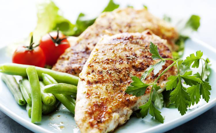 Пикантное куриное филе в томатном соусе (рецепт)