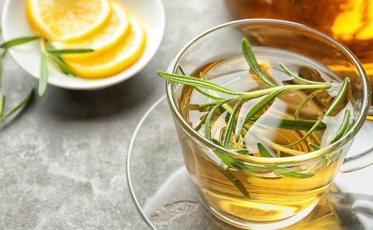 4 чудесных свойства чая с розмарином