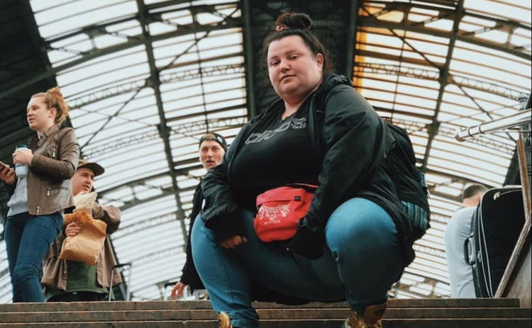 Alyona Alyona взбудоражила Сеть откровенным фото: «Фруктовая бомба»