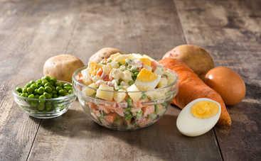 Диетологи рассказали, кому нельзя есть салат «Оливье»