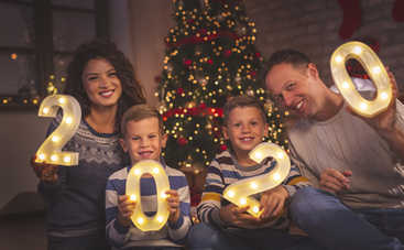 Красивые поздравления с Новым годом в стихах и прозе для родных и близких