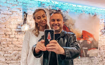 В четвертый раз: Виктор Павлик женится на девушке, которая моложе его на 30 лет
