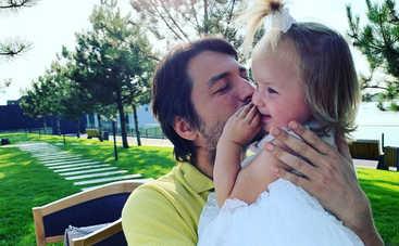 Сергей Притула умилил Сеть трогательным видео с двухлетней дочерью