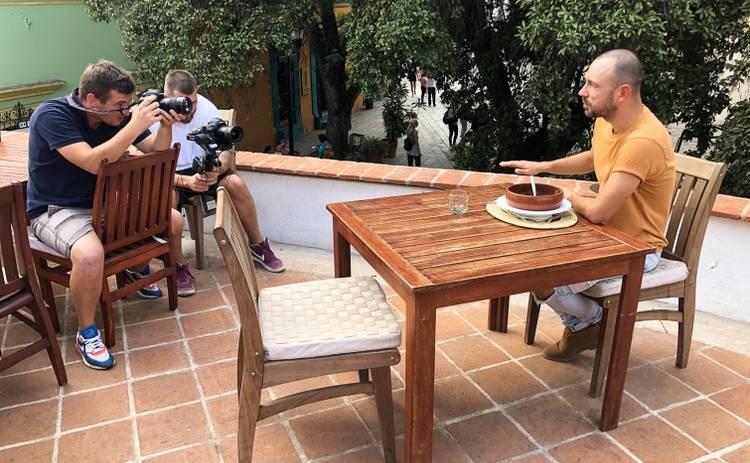 Орел и решка. Ивлеева vs Бедняков: Оахака - смотреть онлайн выпуск от 19.01.2020