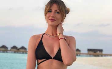 Бегом в бассейн: Леся Никитюк показала упражнения для попы в воде
