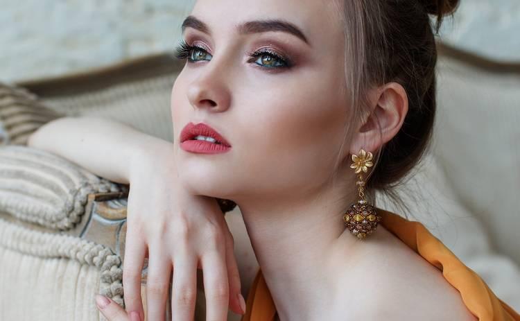 Скрываем возраст: ТОП-3 хитрости в макияже, которые вас омолодят
