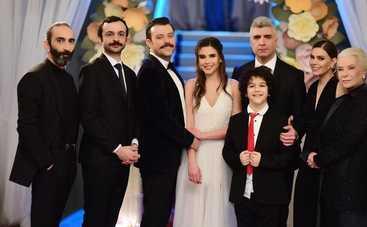 Невеста из Стамбула: смотреть 286 серию онлайн (эфир от 23.01.2020)