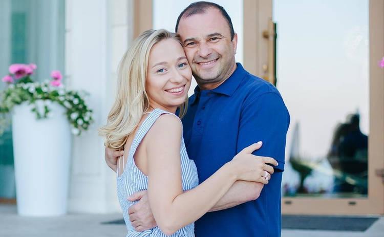 Виктор Павлик рассекретил дату свадьбы со своей молодой возлюбленной