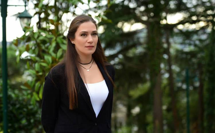 Невеста из Стамбула: смотреть 297 серию онлайн (эфир от 29.01.2020)