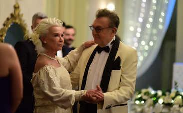 Невеста из Стамбула: смотреть 301 серию онлайн (эфир от 31.01.2020)