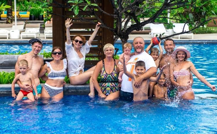 Егор Крутоголов организовал «банду» на Маврикии
