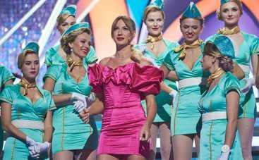 Кто против блондинок: Леся Никитюк, 600 пар колготок со стразами и девушка-робот
