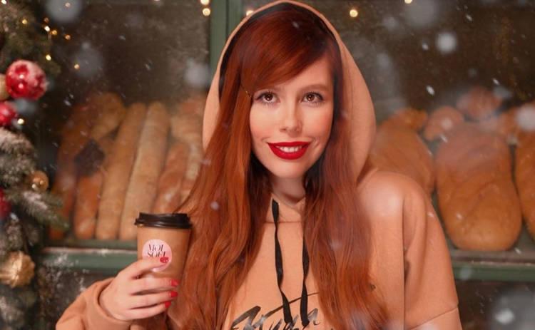 Эксперт «Топ-модели по-украински» Соня Плакидюк в детстве и сейчас: найди 10 отличий
