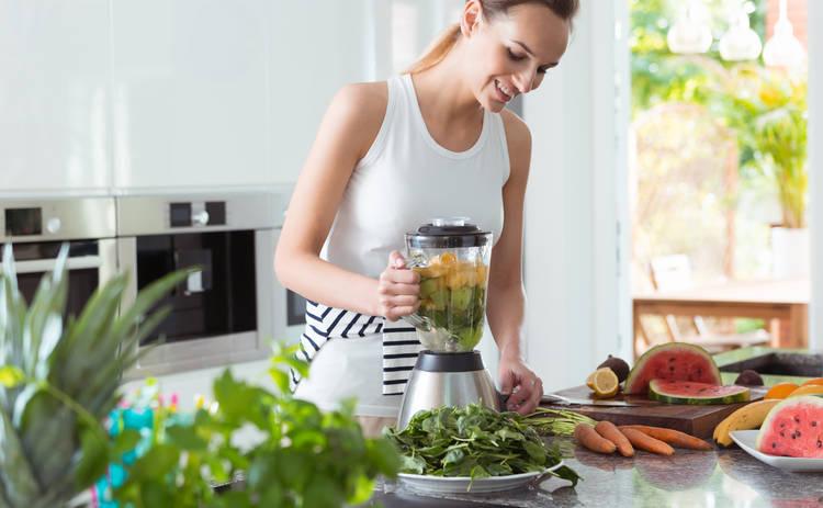 Пикантный салат с курицей и кукурузой (рецепт)