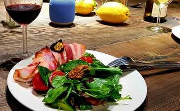 Куриное филе с сыром и беконом от ведущей «Ревизора» Юлии Панковой (рецепт)