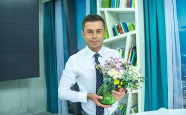 Звездные мужчины канала «Украина» поздравили женщин с праздником весны