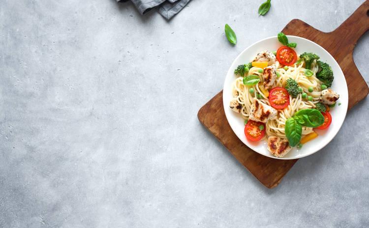 Итальянский салат с макаронами за 10 минут (рецепт)
