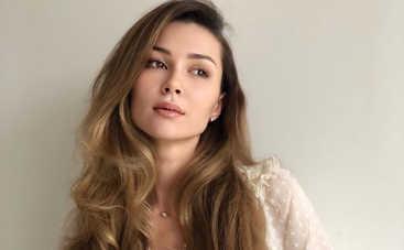 «Пытаюсь найти точку опоры»: Дочь Анастасии Заворотнюк поделилась переживаниями