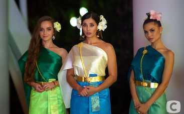 Холостяк-10: восхитительные образы участниц на Церемонии роз в Таиланде