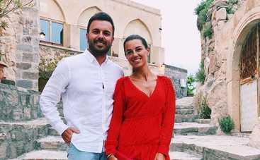 Это надо видеть: Григорий Решетник с супругой удивили горячими танцами