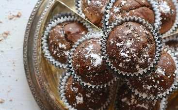 Простые в приготовлении кексы на кефире (рецепт)