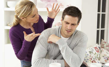 ТОП-3 женские привычки, которые раздражают мужчин больше всего