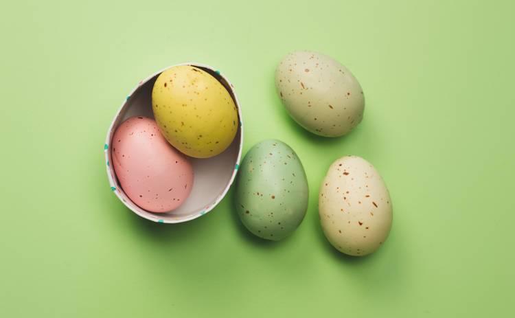 Почему на Пасху необходимо красить яйца: 3 главные версии